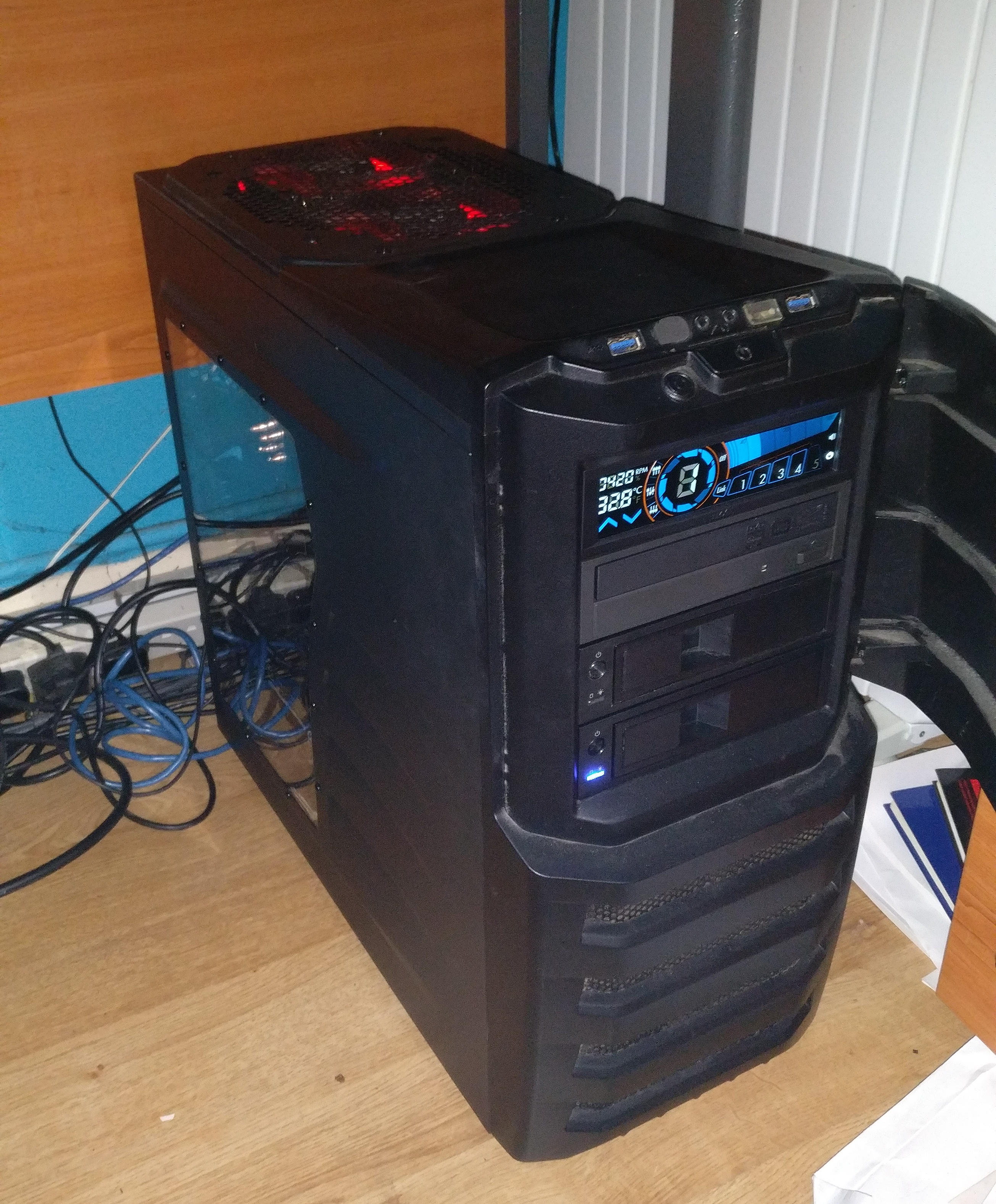 Building a dual Xeon X5680 workstation – Data Hamster